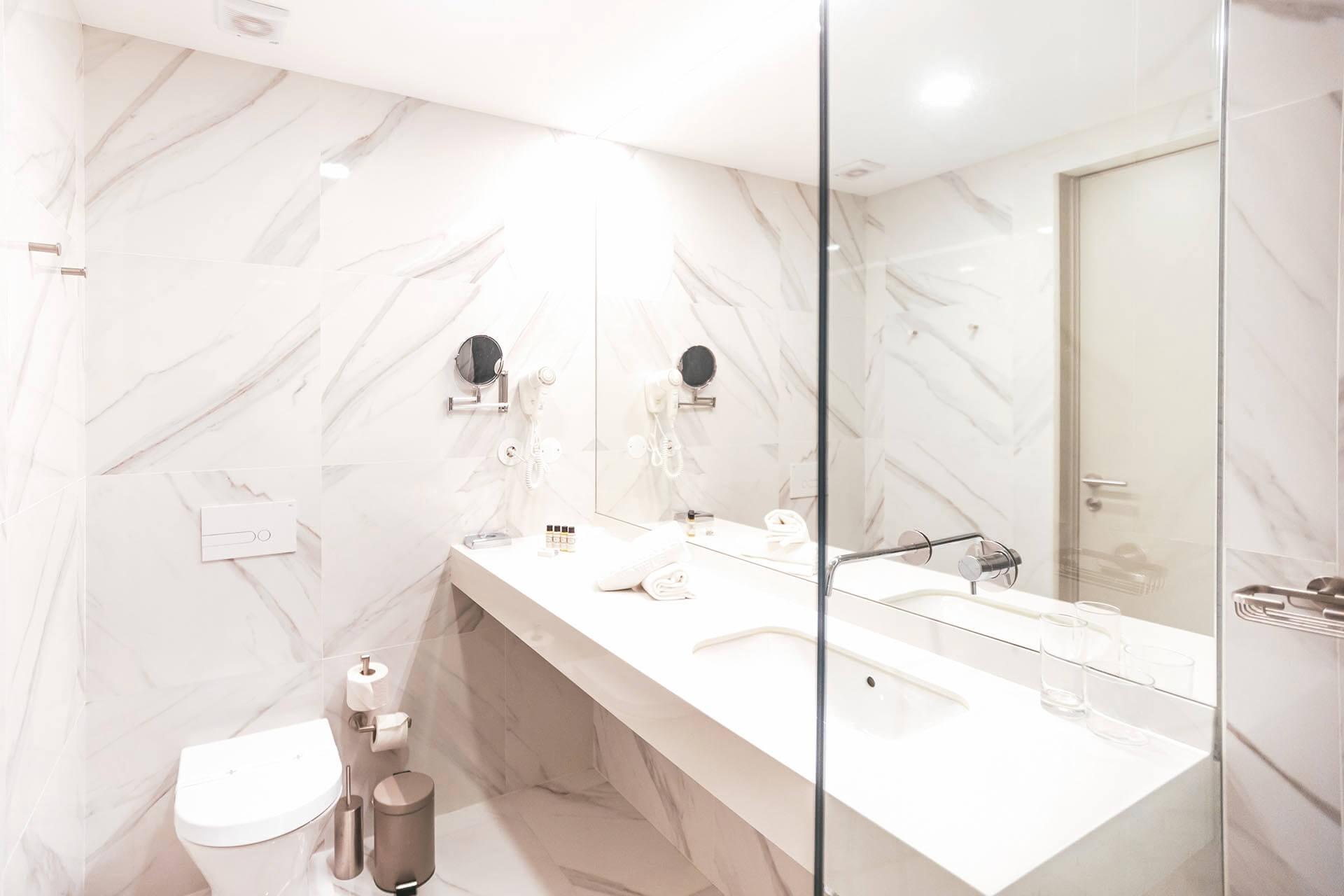 Quarto de banho WC - Ribeira Collection Hotel - Arcos de Valdevez
